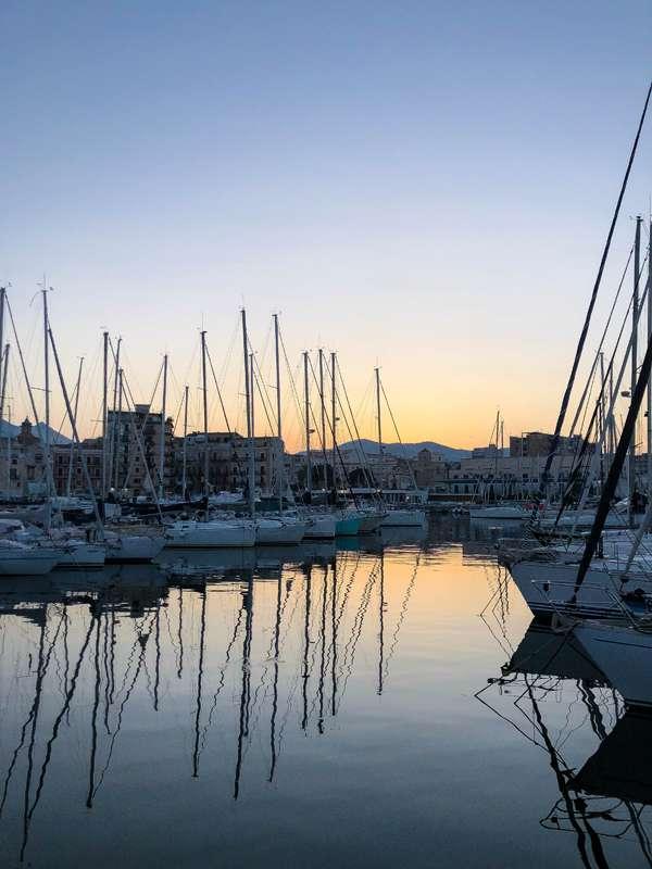 Atardecer en el puerto -Palermo (Sicilia)